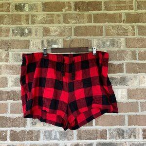 Old Navy Red/Black Plaid Sleep Shorts Size XXL
